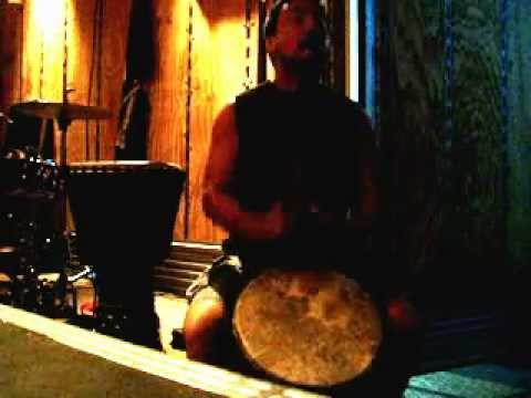James Mack Djembe solo - Percussionist with Cirque du soleil Totem http://mackdrums.com/