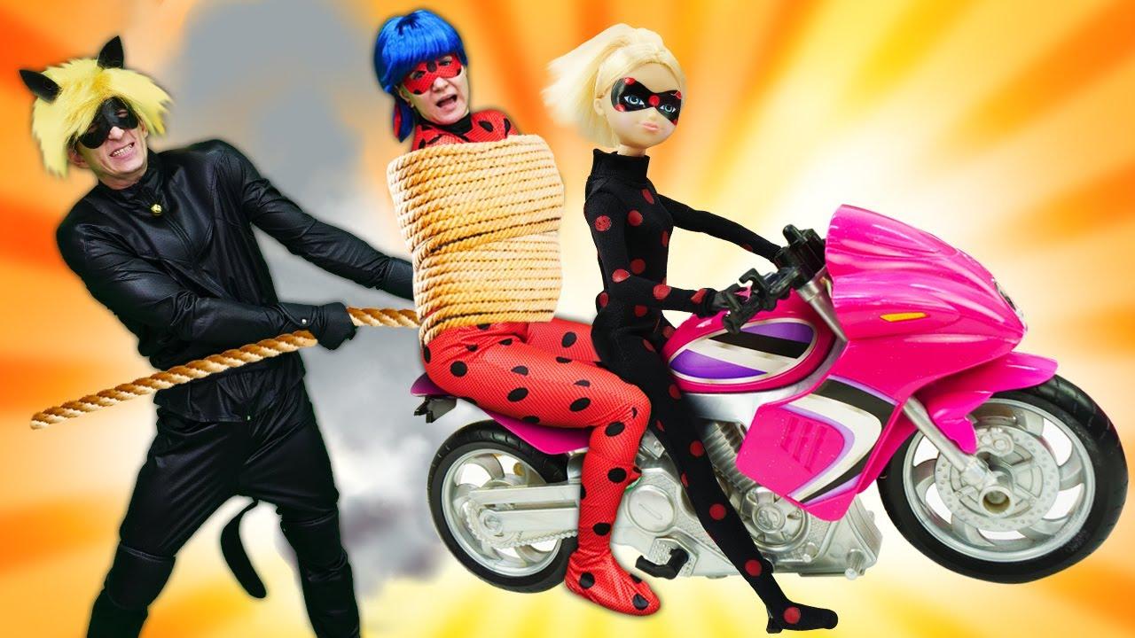 Барби опоздала на свидание - теперь Антибаг хулиганит на дороге! Видео для девочек про Леди Баг