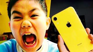 Школьник нашёл дорогой телефон