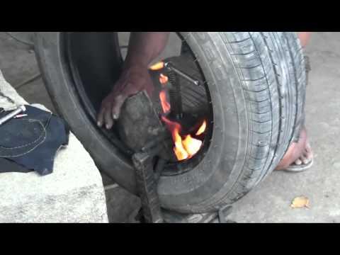 So repariert man Reifen auf den Philippinen