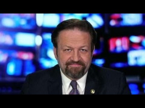 Suspicious packages reporting has a level of amateurishness: Sebastian Gorka