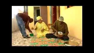 Saneex se fache en plein repas - Mbaye Bercy