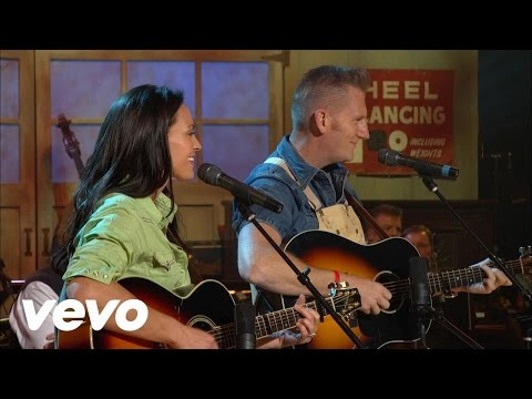 Joey and Rory - That's Important to Me [Live]