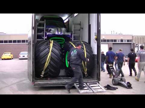 Grave Digger trailer fitting tires in