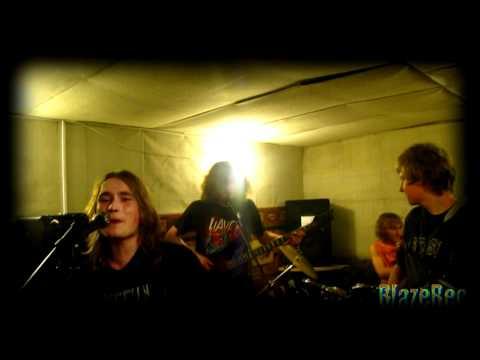 «В прятки с мёртвым дедом» [december 2011]из YouTube · Длительность: 1 мин42 с