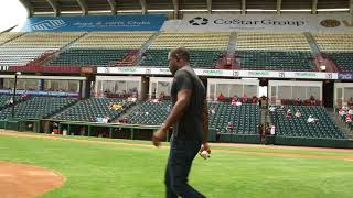 Richmond Mayor Lavar Stoney throws out the first pitch