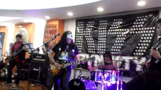 Jendell A Space Tribute to Ace Frehley   Parasite LIVE @ Monster Of Rock 2015