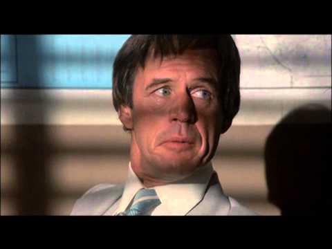 10 to Midnight  Gene Davis goes nuts while Geoffrey Lewis watches in shock