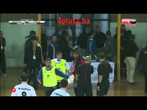 Završnica sporne utakmice Mostar SG - Centar