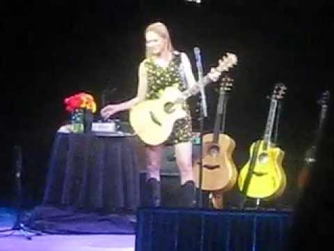 Jewel - Greatest Hits Tour - Little Sister, Hands, Life Uncommon Live in Houston 5/2/13!