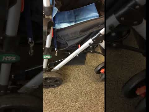 How to fold the Pet Rover stroller