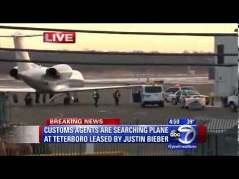 Justin Bieber Plane detained after landing in Teterboro NJ New Jersey for the Super Bowl