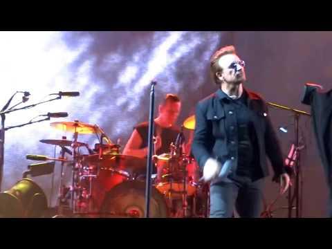 U2 - Bullet The Blue Sky - Cleveland -...