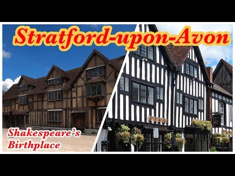 Walking Around Stratford-Upon-Avon