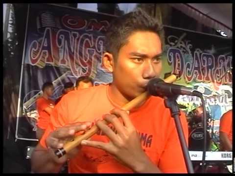 Keloas voc.Deviana Safara live AD Rock Dangduth