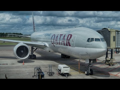 Qatar Airways Boeing 777-300ER takeoff from Amsterdam