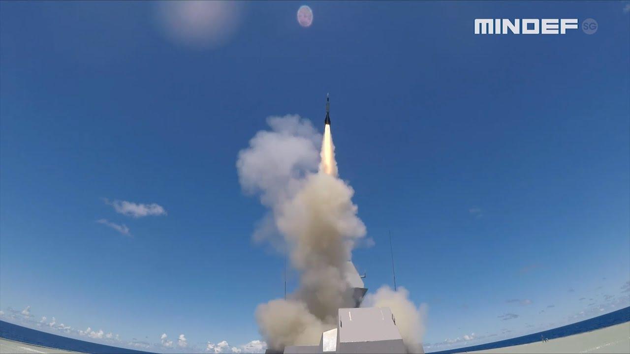 RIMPAC 2020 - RSS Supreme Aster Missile Firing