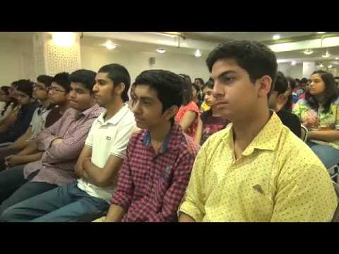 Aakash Institute Chairman's Motivation Session for Students - Sh J C Chaudhry