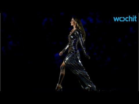 Gisele Bündchen Kicks Off 2016 Rio Opening Ceremony