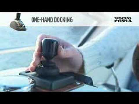 Easiest Yacht Docking in the World!