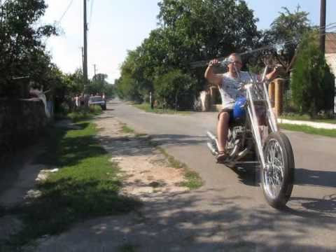 Чоппер с двумя планетовскими движками / Custom bike