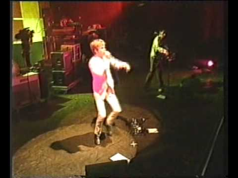 Beck - Loser (live at Pinkpop, 1997)