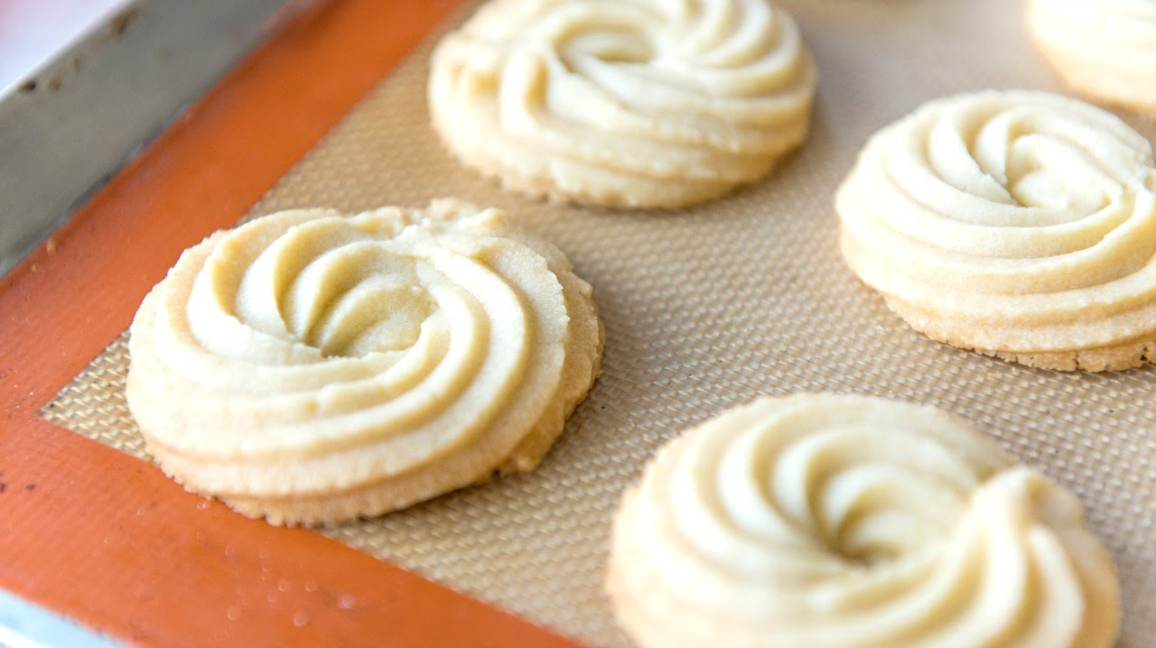 Butter Swirl Shortbread Cookies Christmas And Holiday Baking