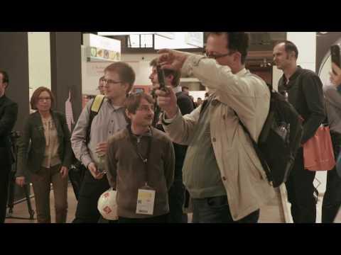 Flash mob Opto Engineering - Opera singers at Vision 2016 - Stuttgart