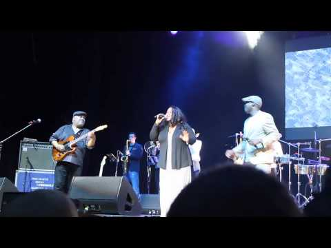 incognito ft. maysa - still a friend of mine live