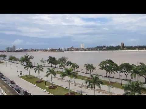 Cambodja - Sisowath Quay in Phnom Penh