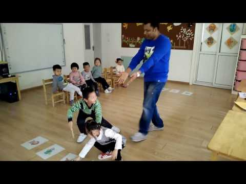 ESL class,play a listening Game, With my very young Students,English Games  2