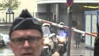 """قناة """"فرانس 24"""" : بوتفليقة غادر مستشفى غرونوبل"""