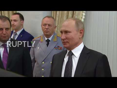 Russia: Putin honours MoDs for Defenders of the Fatherland Day