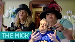 The Mick (TV show review—IT JUST PREMIERED ON FOX)