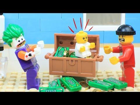 Lego Joker: Babysitting