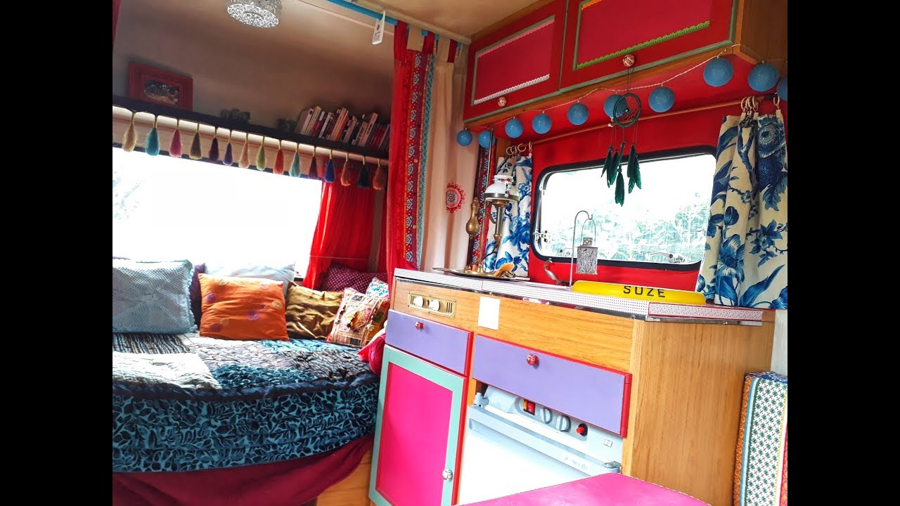id e d co 1 je relooke ma caravane en mode gypsy youtube. Black Bedroom Furniture Sets. Home Design Ideas