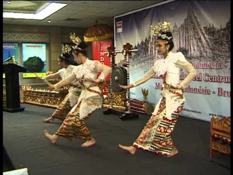 Tari Muli Betanggai, Lampung- Pusat Budaya Indonesia