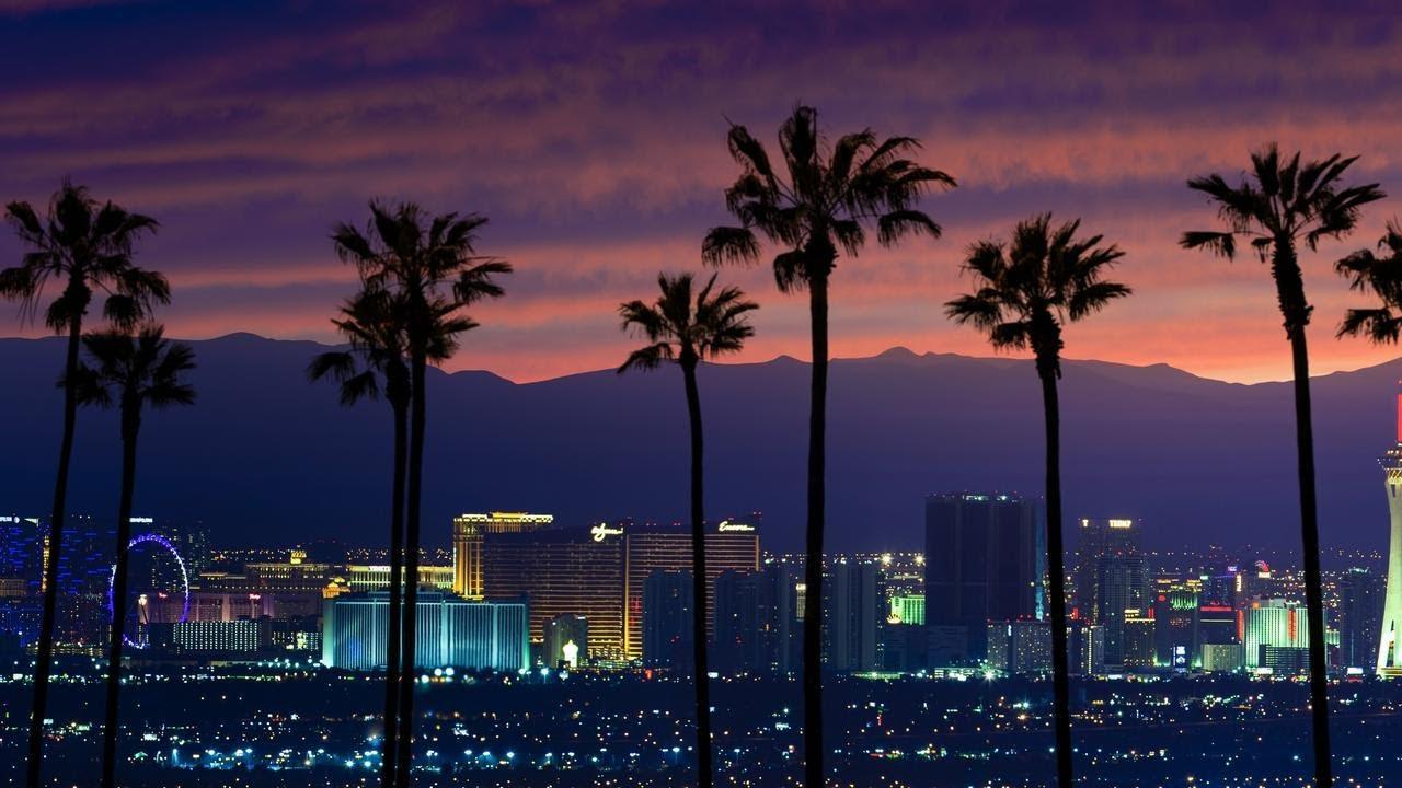 Las Vegas Strip Walk Dusk 2020
