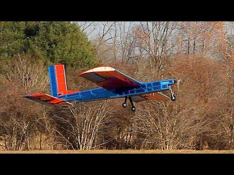 UVA Hoos Flying HF-18 Successful Maiden Flight 12/03/17