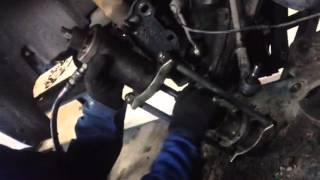 Видео замены шаровой опоры у авто