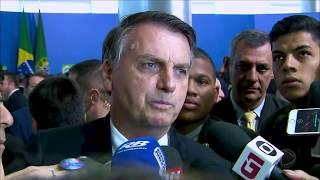 """Bolsonaro defende Moro: """"O que ele fez não tem preço"""""""