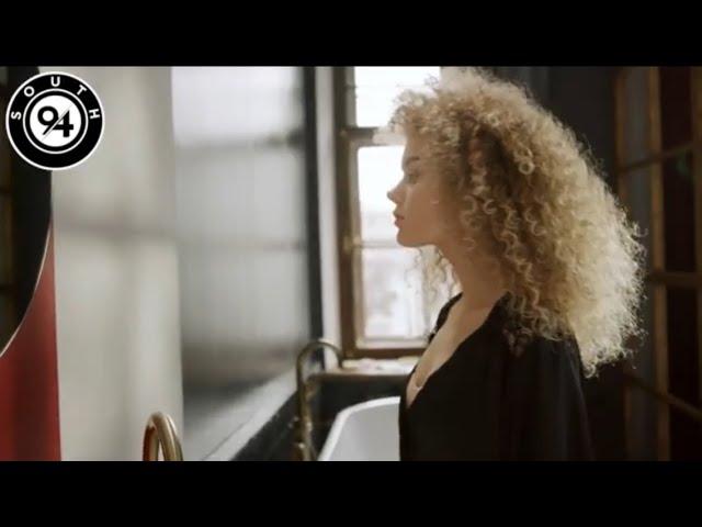 Aardvark Aquarium - Reflections ft. Helen Casey