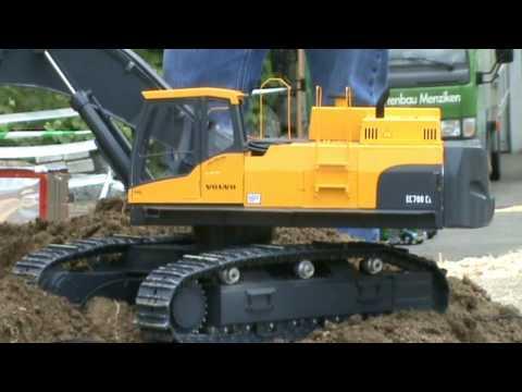 BIG SCALE DIGGER 1.8 Volvo EC 700 Excavating