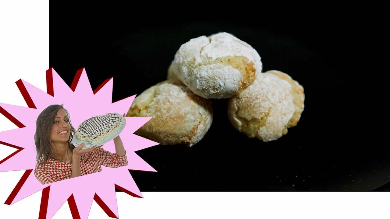 Biscotti Da Credenza Alice : Amaretti morbidi fatti in casa le ricette di alice youtube