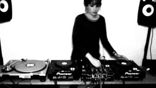 Dj Paula Vélez / Acid Techno 3 Decks