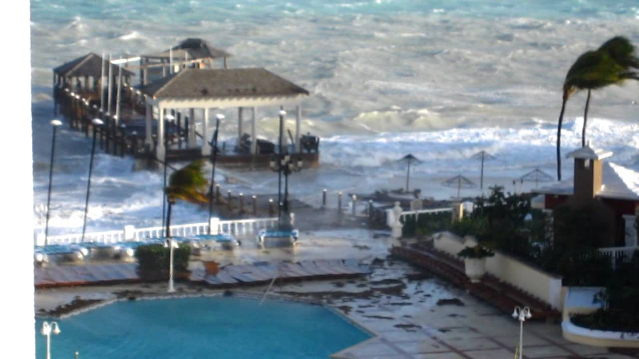 Hurricane Sandy Hits The Bahamas, Oct 2012 - Youtube-8852