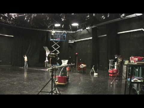 Video Studio Curtain Hang (Time Lapse).mov