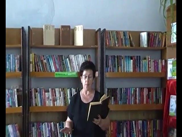 Изображение предпросмотра прочтения – РаисаЛацугина читает произведение «Бабочка» А.А.Фета