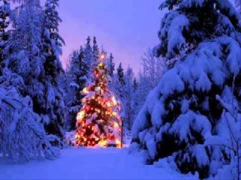 christmas times a coming by patty loveless
