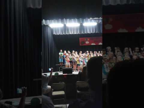 Lindsey's 1st grade music program